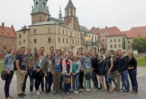 Gruppe vor dem Wawelschloss