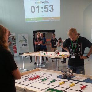 Robotik-AG des NIGE gewinnt in Aurich